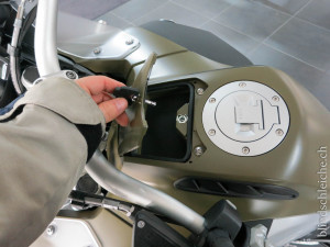 BMW R1200 GS Adventure Fach offen