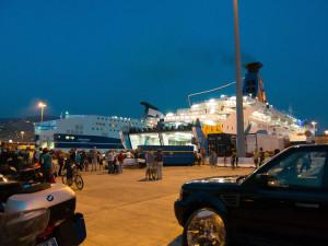 MOBI Lines, Fährhafen Genua, Fähre nach Sardinien