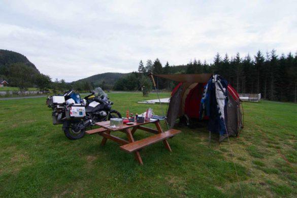 Motorradreisen mit Zelt