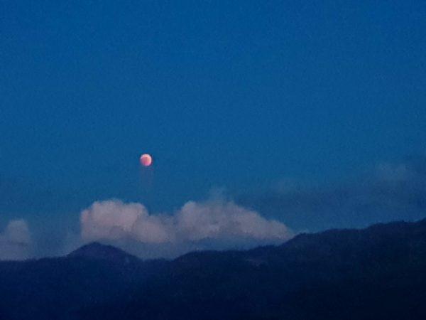 Bludmond, Mondfinsternis, Engadin, Graubünden, Schweiz