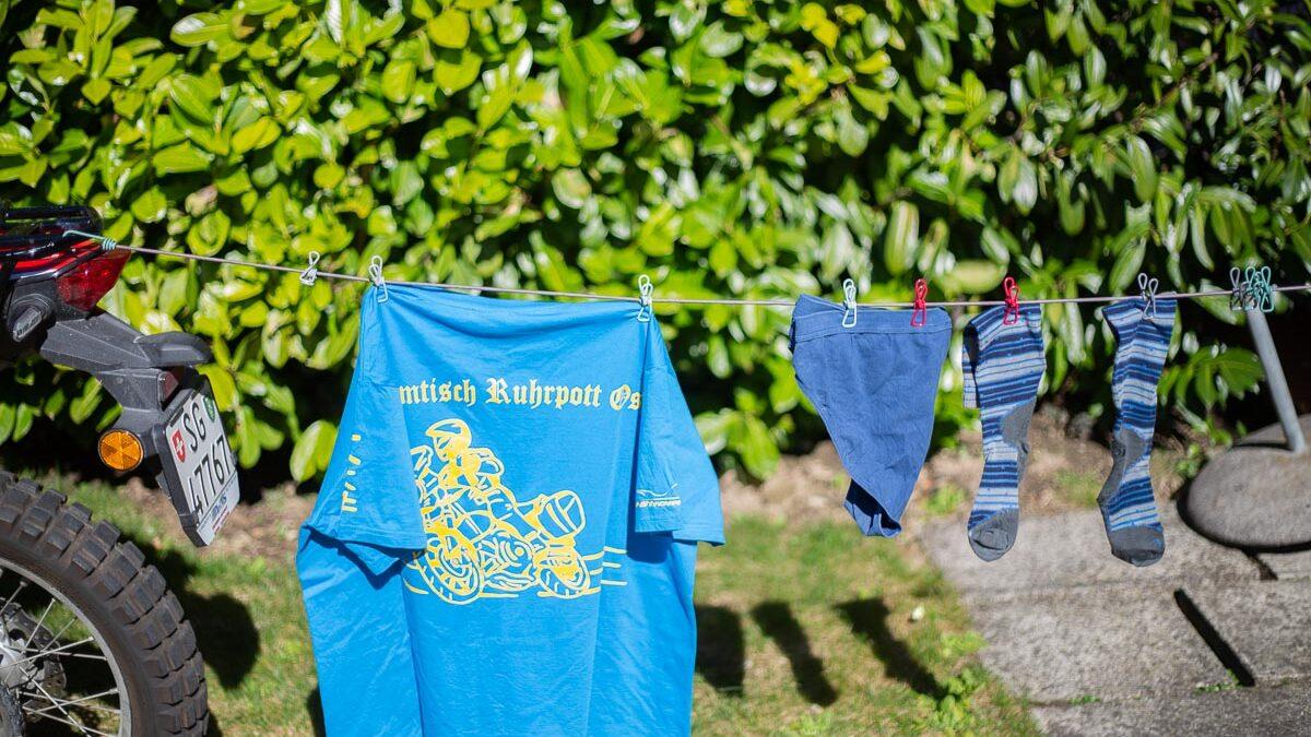 Wäscheleine mit Klammern